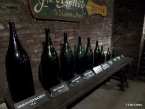 wine bottles in descending order of size
