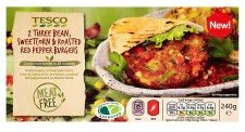 TESCO MEAT FREE 2 THREE BEAN SWEETCORN & ROASTED RED PEPPER