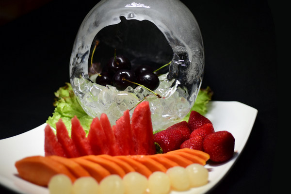 mixed fritter with fruit