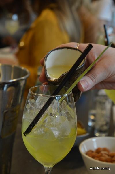 lemon juice in cocktail